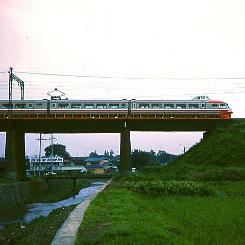 001-1963odakyu_shinharamachida001.jpg