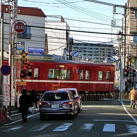 013-20150202-keikyu-tsurumiichiba.jpg