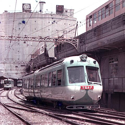 025-196006-tokyu-tamagawaline-shibuya.jpg
